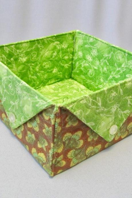 Green and Gold Cotton Fabric Quilted Box Square Storage Organizer
